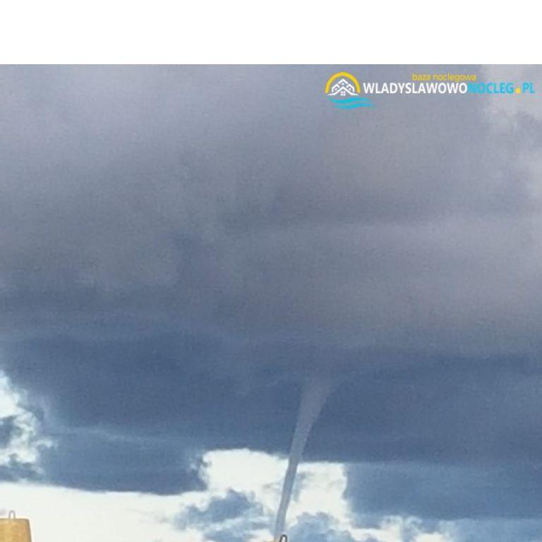 Tornado we Władysławowie 2018 https://wladyslawowonocleg.pl/userfiles/gallery/thumbs/1_1555263210.jpg