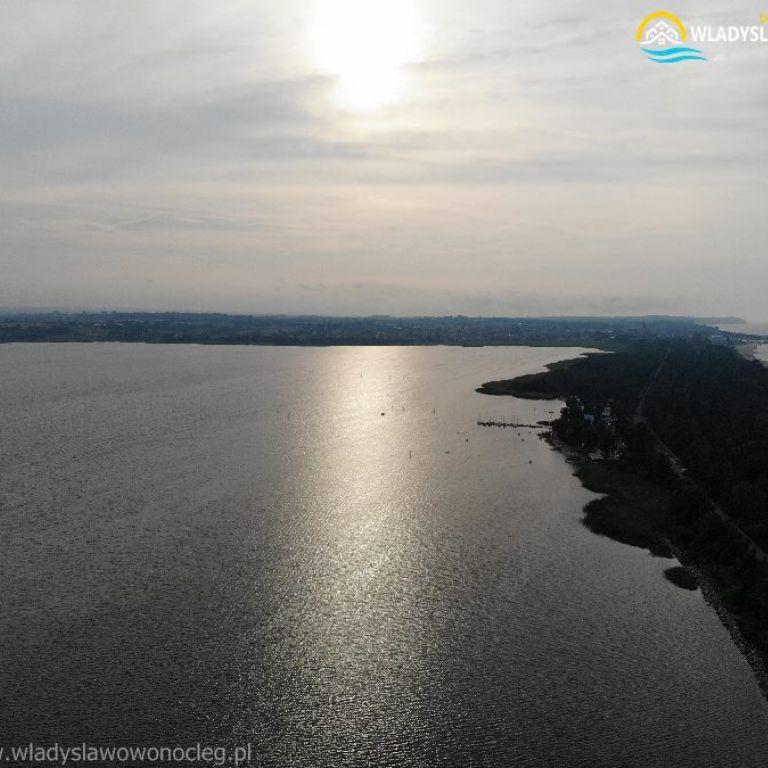 chałupy widok z drona na władysławowo https://wladyslawowonocleg.pl/userfiles/gallery/thumbs/1_1555263247.jpg